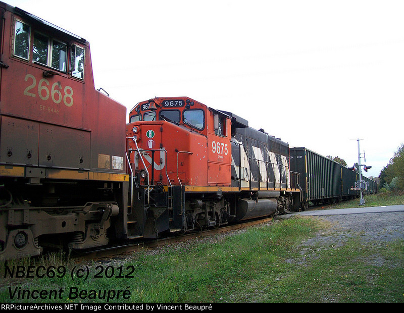 CN 9675 on the 403 West